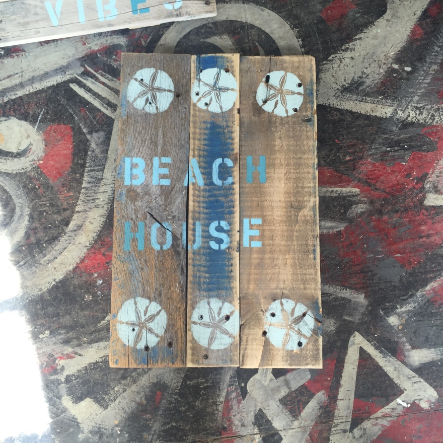 ds-pallets-beachhouse